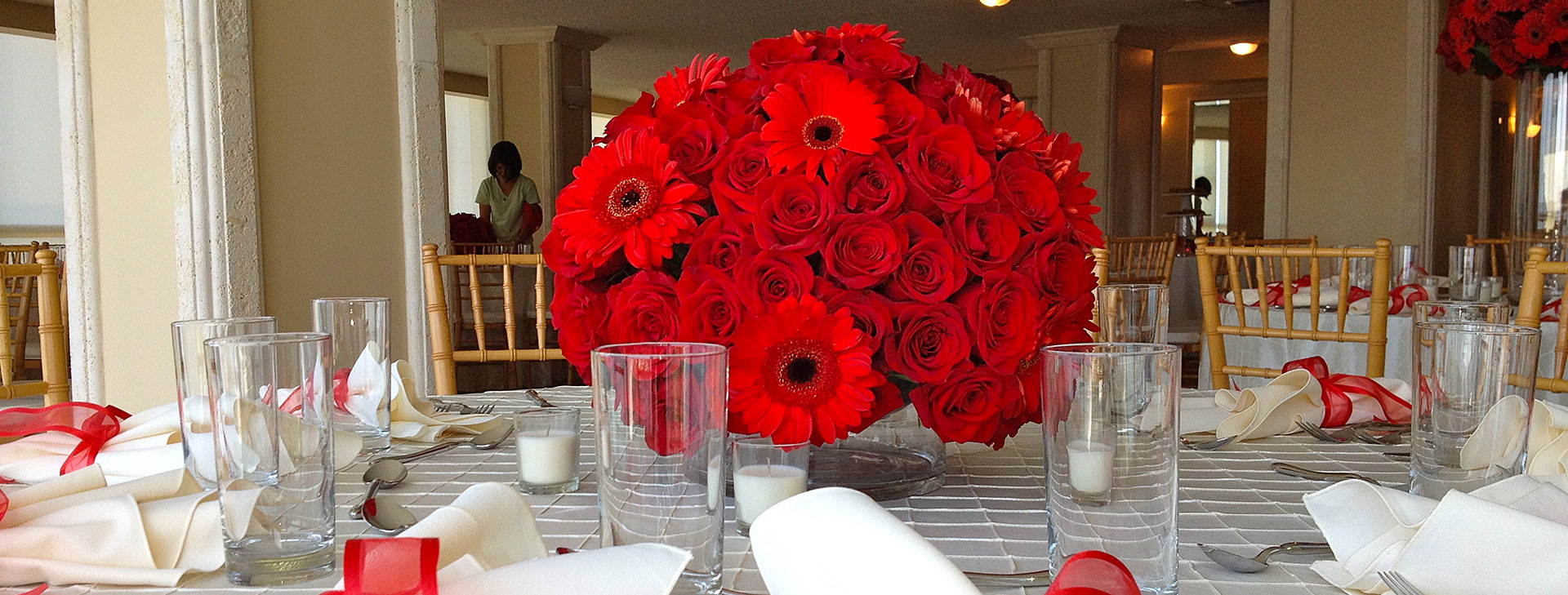 Floral arrangements for social, corporate events and weddings
